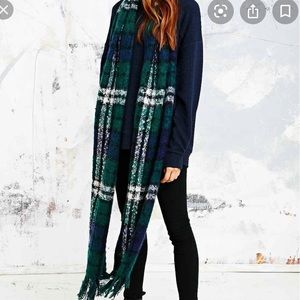 Urban Outfitters BDG Brushed Plaid Scarf